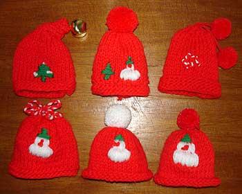 1d2b901833da bonnets de Noel en laine, decoration de Plats Gastronomie, recettes de  cuisine et traditions en Europe. Information et Tourisme Européen.