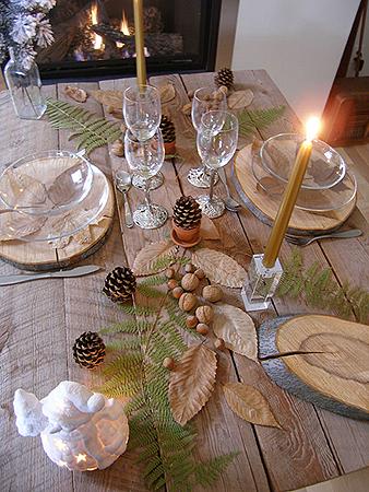 table de Noël rustique, France, Gastronomie, recettes de cuisine et traditions en Europe. Information et Tourisme Européen.