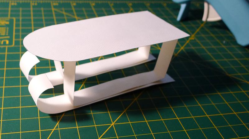 Comment faire une luge en carton - Comment fabriquer une table en carton ...
