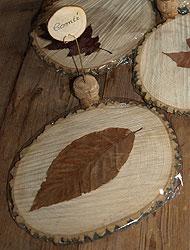 Plateau de fromages en bois avec porte noms pr par s avec for Porte bougie en bois