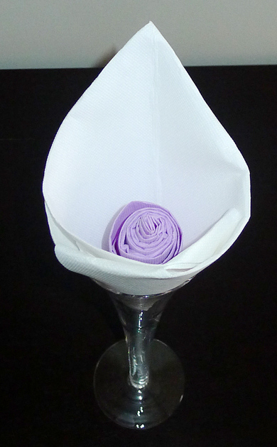 forme de fleur en forme d 39 arome r aliser lotus avec une serviette