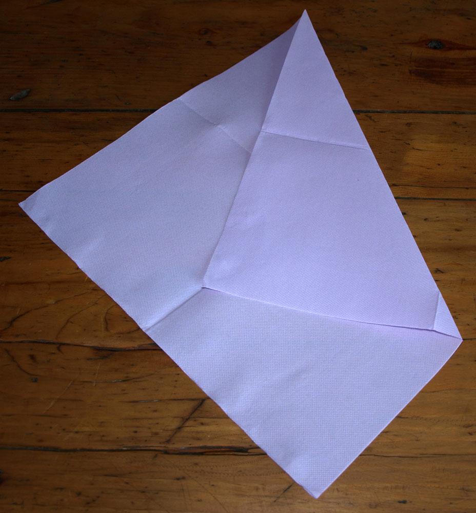 pliage en papier r aliser une cravate en papier pliage de. Black Bedroom Furniture Sets. Home Design Ideas