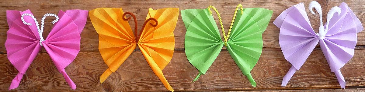 pliage de serviette en papier en forme de papillon, pliage en