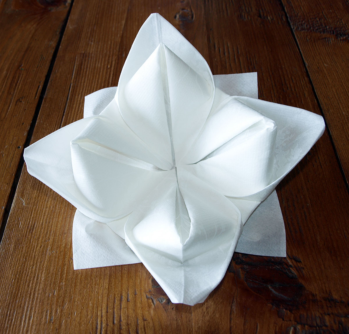 Pliage de serviette de table - Origami serviette de table ...