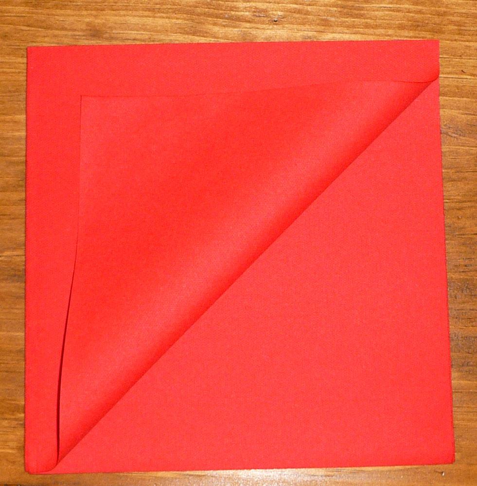 Pliage de serviette de table en forme de sapin de no l - Serviette en forme de sapin ...