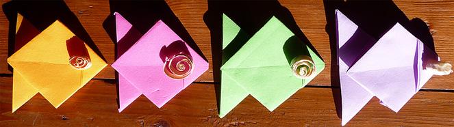 pliage de serviette de table en forme de poisson origami. Black Bedroom Furniture Sets. Home Design Ideas