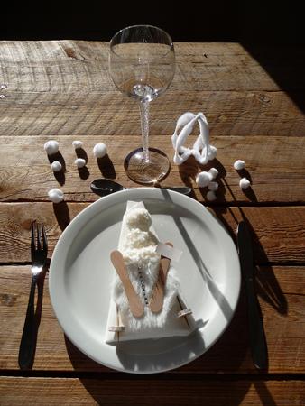 d coration de no l bricolage avec les enfants bonhomme de neige skieur gastronomie recettes de. Black Bedroom Furniture Sets. Home Design Ideas