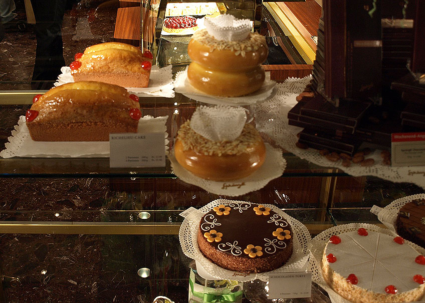pâtisserie Sprüngli à Zurich en Suisse Recettes Gastronomie, recettes de  cuisine et traditions en Europe. Information et Tourisme Européen.